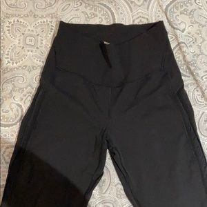 Luluemon cropped leggings, great condition!!
